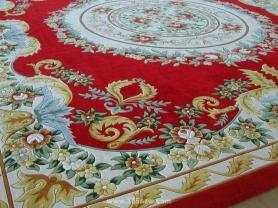 选用地毯应与装修标准、风格统一